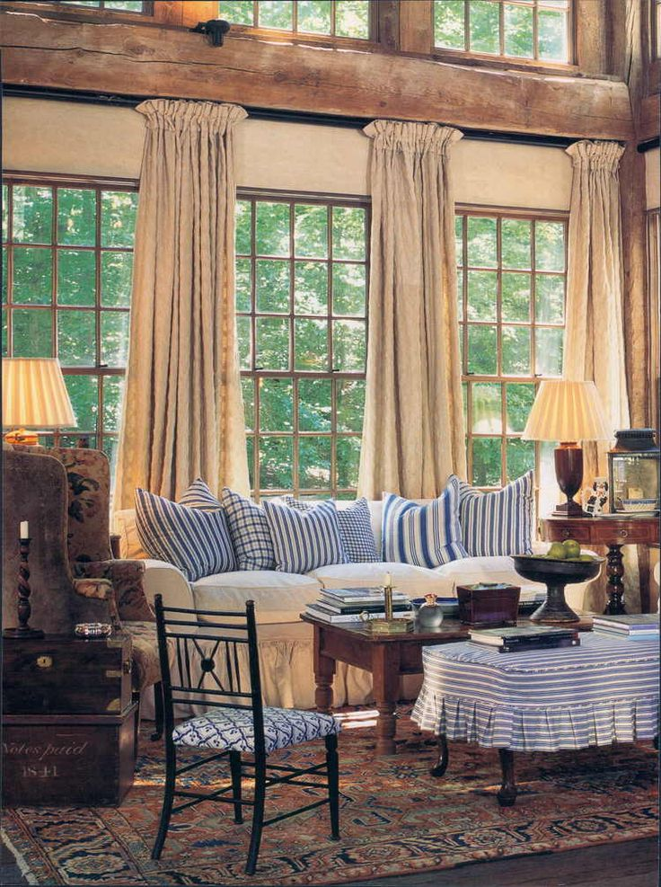 .Great mountain mix of neutrals and blue.  Good antiques and accessories.