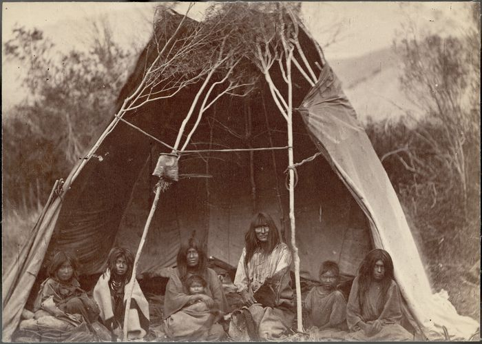 hindu single men in medicine lodge By monday, october 28th, 1867 all tribes present (the kiowa, the comanche, the kiowa-apache, the cheyenne and arapahos) signed the medicine lodge peace treaty (source: wwwcyberlodgcom) joel elliott was killed a year later when custer's 7th us cavalry lead a surprise attack at dawn on a sleeping cheyenne village located at.