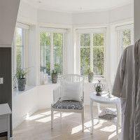 """Se fler bilder ifrån huset     Romantiskt hus A2992  """"Alla familjer är olika – därför är varje"""