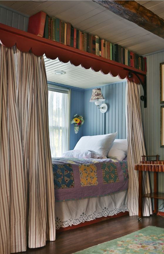 Love the built-in beds Connie added where a window seat used to be. Colorful & Cozy: Gosherd Valley Cottage in Missouri - Hooked on Houses