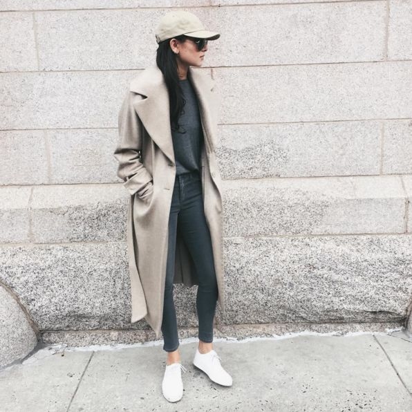 The Laid-Back ProfileWeWoreWhat blogger Danielle Bernstein is the master of nonchalantly looking at something in the distance, showcasing the head-to-toe, front-meets-side view of her outfits. #refinery29 http://www.refinery29.com/instagram-ootd-fashion-blogger-poses#slide-7