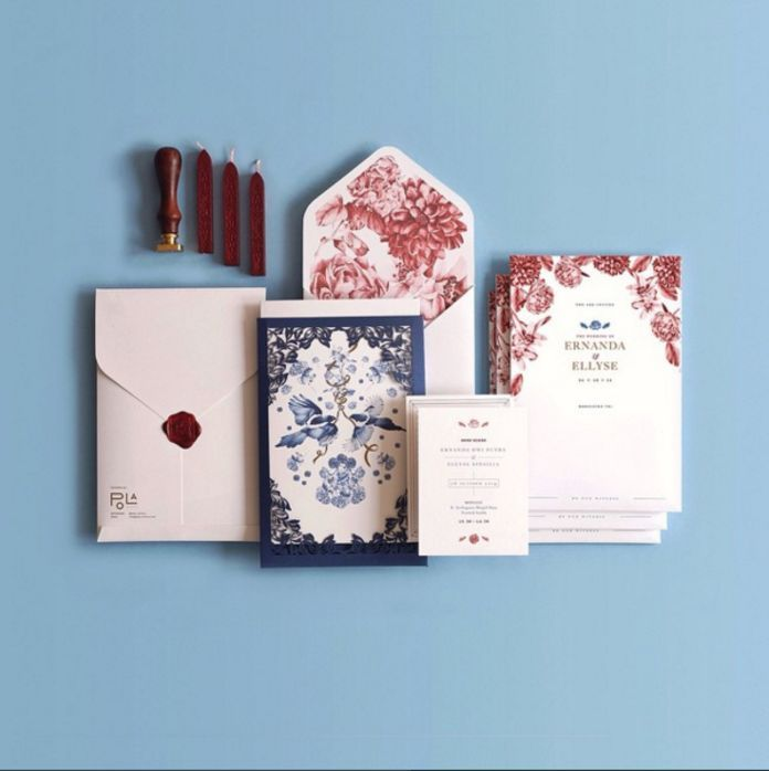 Watercolor wedding invitation with Chinese inspired ornament ideas | Ernanda & Ellyse by Pola Artistry | http://www.bridestory.com/pola-artistry/projects/ernanda-ellyse