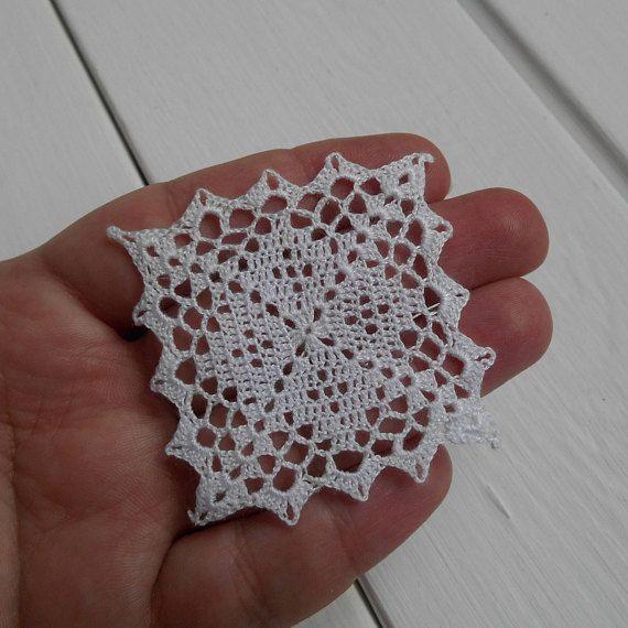 Miniature dollhouse crochet 1.12 tablecloth, or 1:6 doilies, dollhouse miniature white small micro crochet