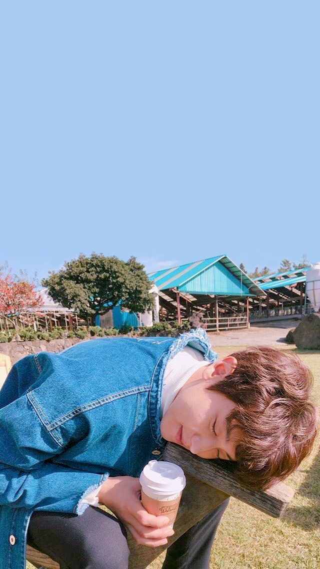 #wallpaper #chanyeol #chanstagram161116 #exo #iphone