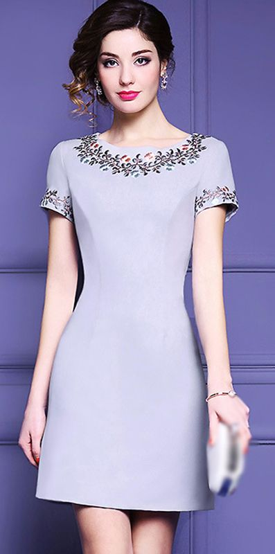 Party Simple Pure Color Embroidery O-Neck Print Skater Dress