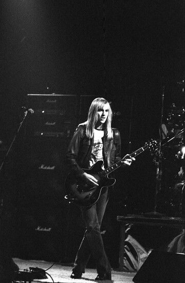 Alex Lifeson 1977 RUSH