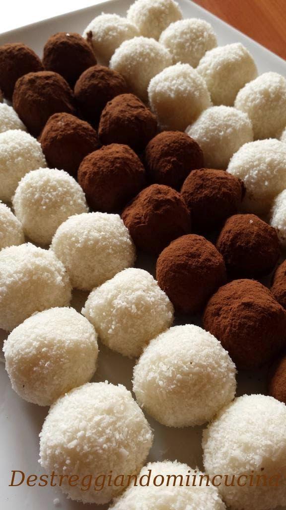 Destreggiandomi in cucina: Palline al cocco #cocco #coconut