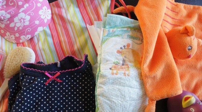 Reizen met een baby geeft heel wat inpakstress. Wij helpen met een inpaklijst.