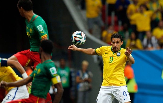 Fred. Gol! Brasil x Camarões