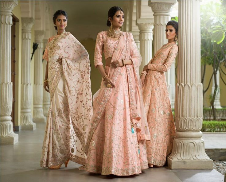 Vasansi Jaipur's hand embroidered pastel beauties are a Bridal dream. All you bridezillas, check them out #VasansiBride