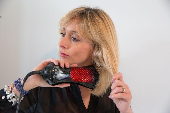 "accessori per il ""FAI DATE""  spazzola termica.. www.capellifaidate.com"