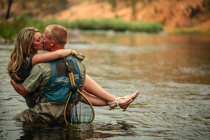 fly-fishing engagement photo shoot?! (: