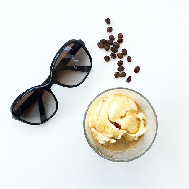 affogato  #espressoaufvanilleeis #ichliebees  #affogato #espresso #gelato #eiskaffee #icedcoffee #sicurini #sicurinicaffe #dersommeristzurück #sommerindeutschland #iceicebaby #icecream #iscreamicecream #gelatoalcaffe #caffe #sommersonnesonnenschein #likeiceinthesunshine #eisdielenwetter #sonnenbrillenwetter #simple #pure #simplicity #whiteliving #affogatoalcaffe #affogatoalcaffè