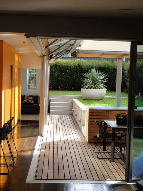Nice deck, use of space