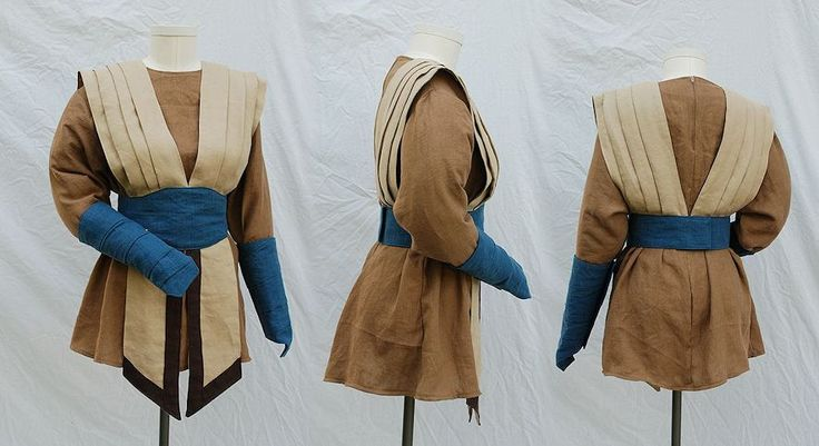 This is a Jedi-ish tunic someone made. The sand and brown tones are perfect for the Alterrans, and I imagine replacing the blue accents with Aurellian green.