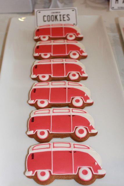 Vintage VW bus cookies