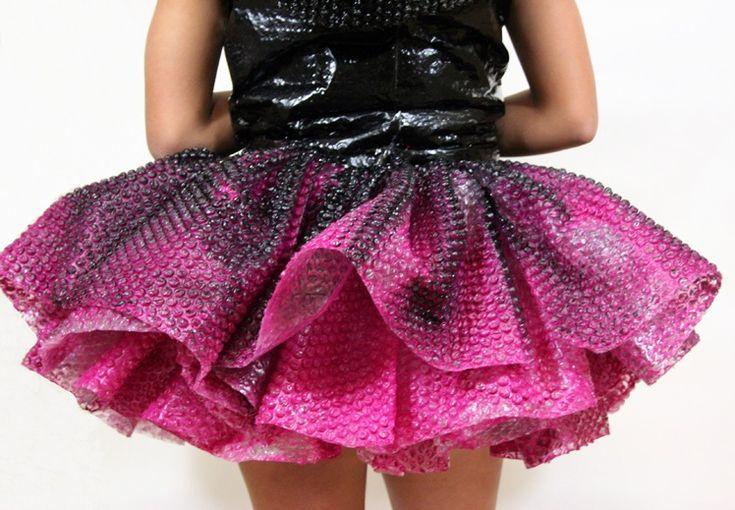 Skirt of bubble wrap dress #fashion #art #sculpture