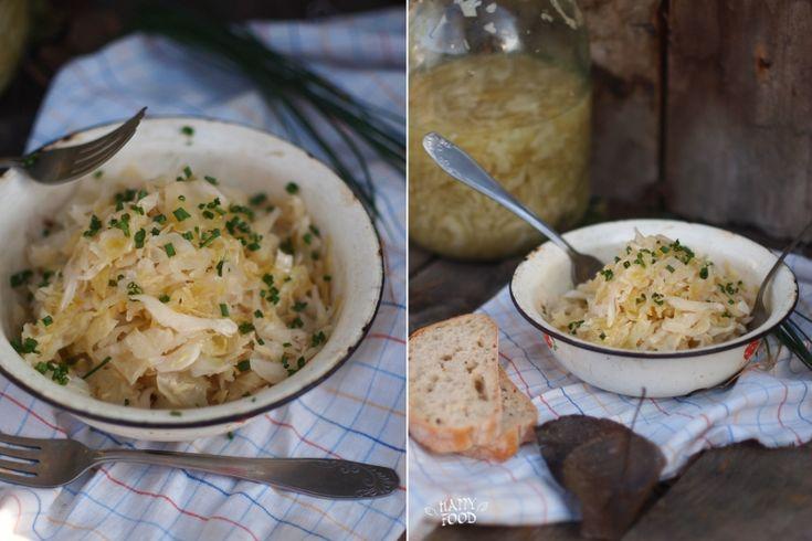 Сегодня у нас очень простой рецепт капусты. Это рецепт взят у моей сестры, так как именно ее капусту я люблю больше всего. : на 3 л банку шинкованная капуста(сколько…
