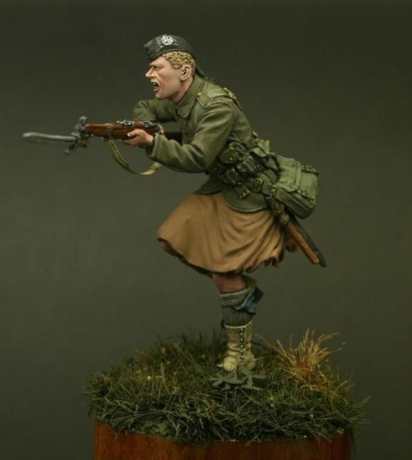 Private of the 14th Battalion, the London Regiment at the Messines 1914. Click on the pic for more details
