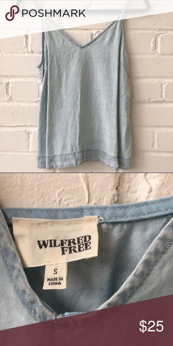 Wilfred Free (Artizia) Bleach Denim Style Top Wilfred Free (Artizia) Bleach Denim Style Top. Worn a handful of times. Aritzia Tops Tank Tops