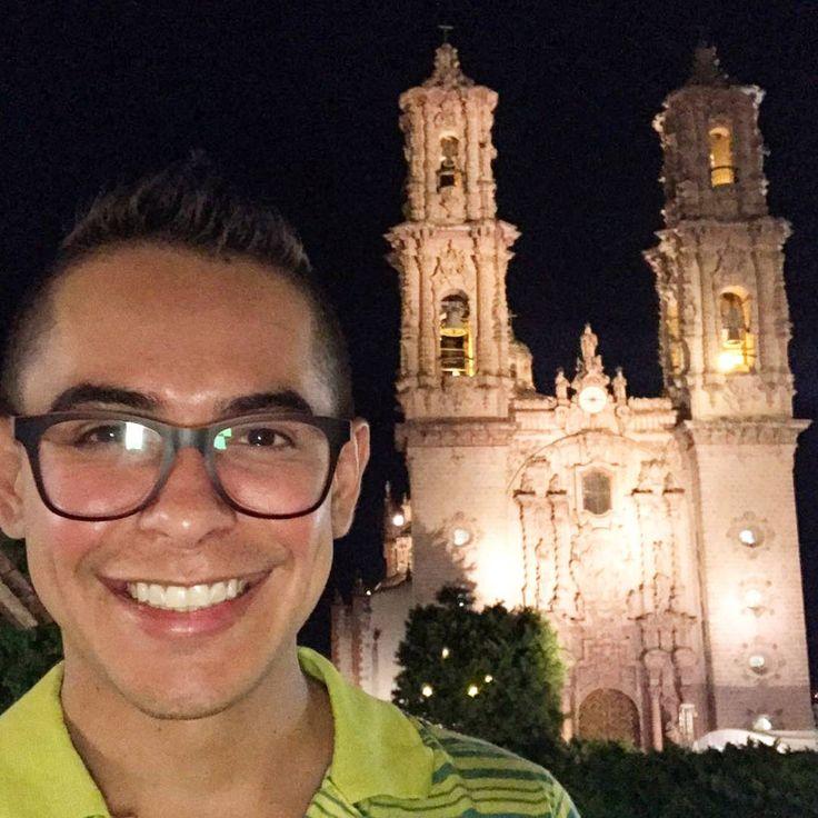 #big #smile #good #monday #morning #travel #boy #traveler #life Maravilloso fin  de semana y ya de regreso de la ciudad de la plata! #taxco���� #guerrero #mexico #instamood #instalike #instagood #picoftheday #like4like #style #foreveryoung #mamatecompreotrollaveritoquedafibososoy http://tipsrazzi.com/ipost/1520334884681776862/?code=BUZUIXFF37e