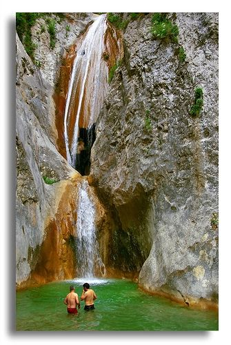 El Salt del Brull |, Sant Aniol, Garrotxa Cataluña, España