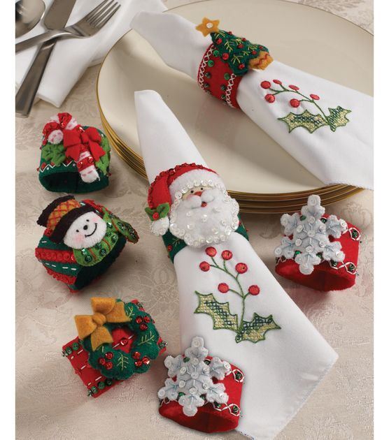Bucilla Christmas Napkin Rings Felt Applique Kit