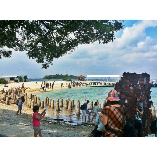 #trip #travel #beach #island #kelor #traveler #traveling #like4like #follow #follow4follow #followforfollow #likeforlike #nature #indonesia #visitindonesia #gytaregi #history #tourist #stone #tree #heaven