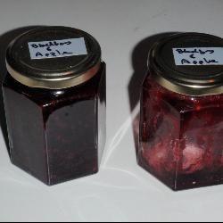 Spiced blackberry and apple jam