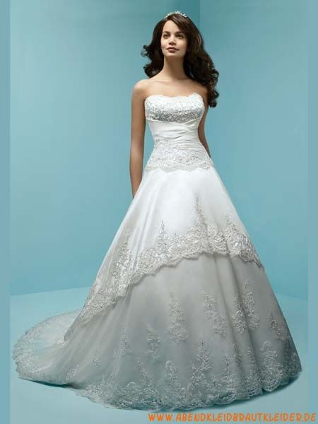 16 best Traditional Bridal Gowns images on Pinterest   Short wedding ...
