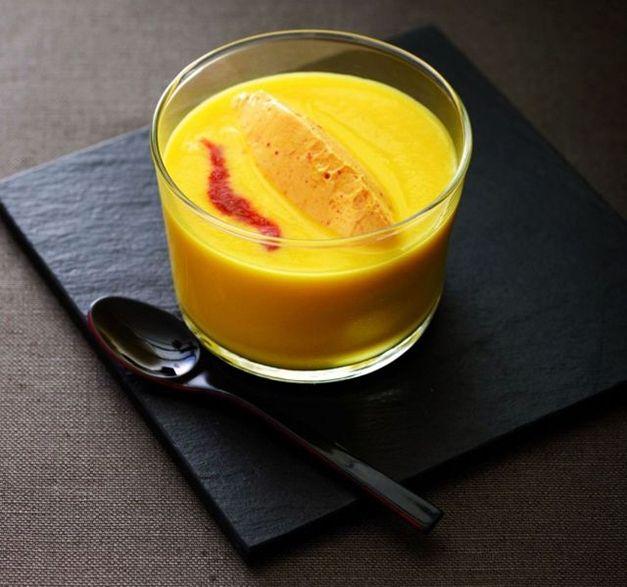 Pour apporter un zeste de douceur à votre repas, concoctez notre délicieux velouté de patates douces. #recette. Crédits photo et recette : Bernhard Winkelmann pour l'ANICAP. Source : Relaxnews.