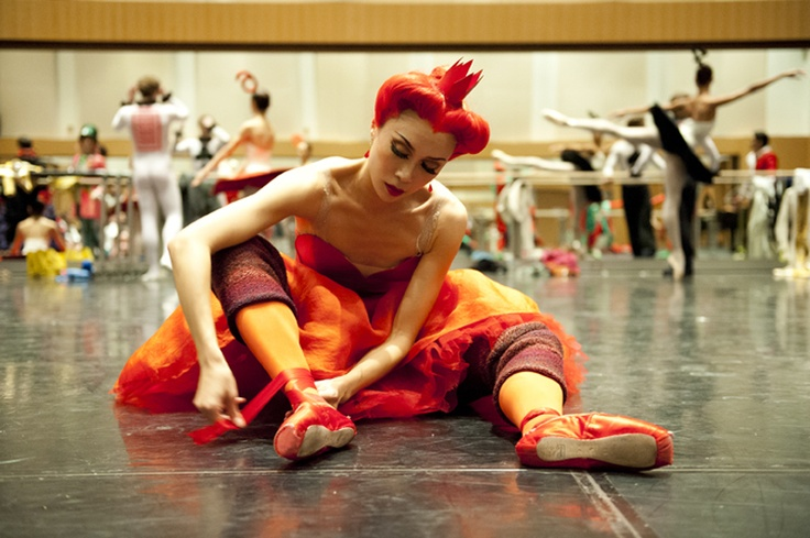 Xiao Nan Yu backstage at Alice's Adventures in Wonderland. Photo by Sian Richards.