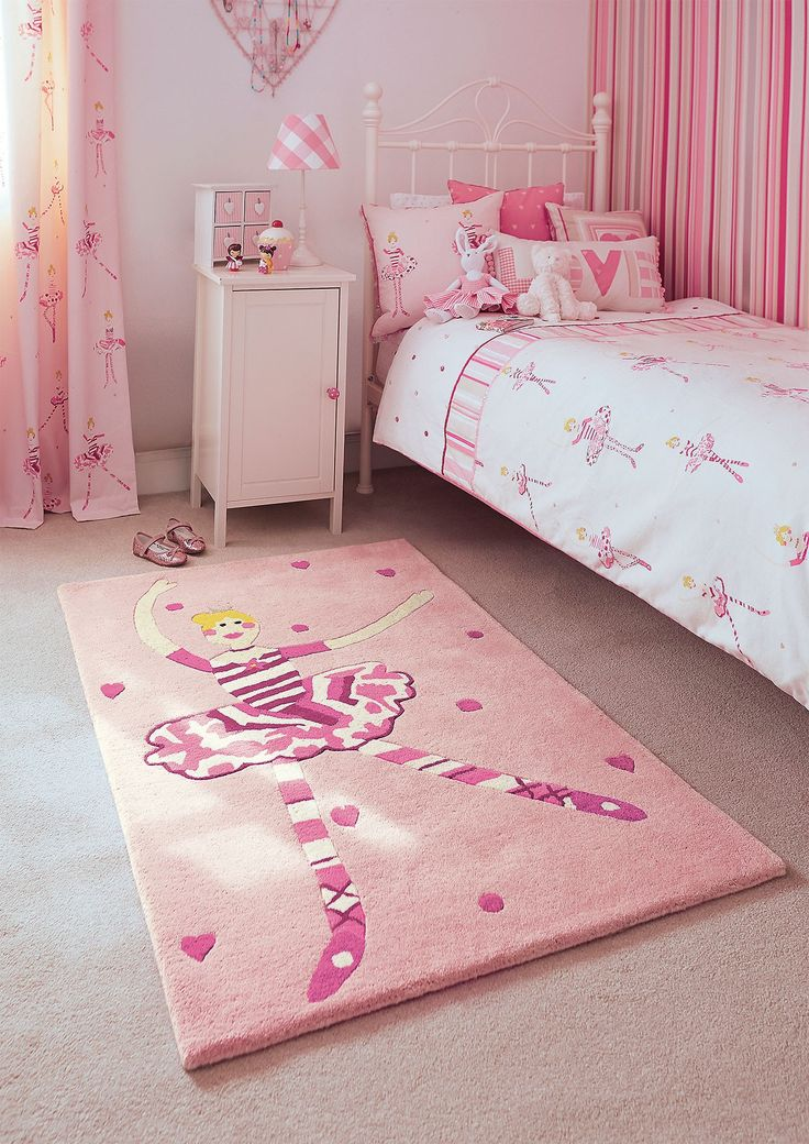 65 best images about meisjeskamer roze pink girl 39 s room for Carpet for kids rooms
