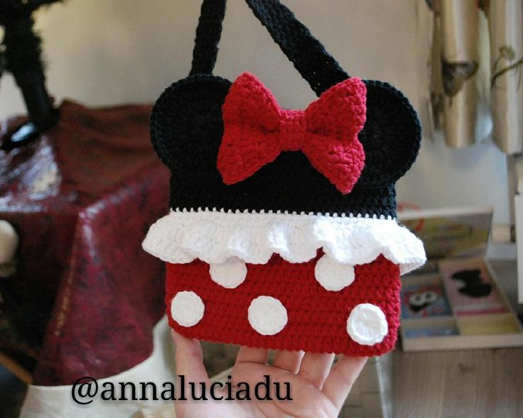 Looking for your next project? You're going to love Crochet minnie bag by designer Emma Du.