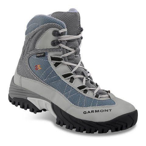 Garmont Women's Momentum Snow Gtx Winter Boot - Azure: Waterproof breathable lightweight and utilizing 400g… #OutdoorGear #Camping #Hiking
