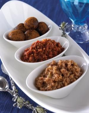 """Traditional Charoset, Texas-Style recipe for Passover Yee-Haw!  TX Style.  I didn't know there was anything """"traditional"""" about TX Judaism.   www.themodernjewishwedding.com"""