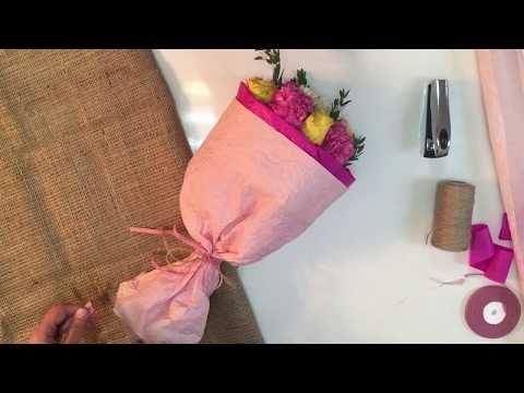 Упаковка подарка и букета в черную крафт-бумагу | ArtHolidays - YouTube