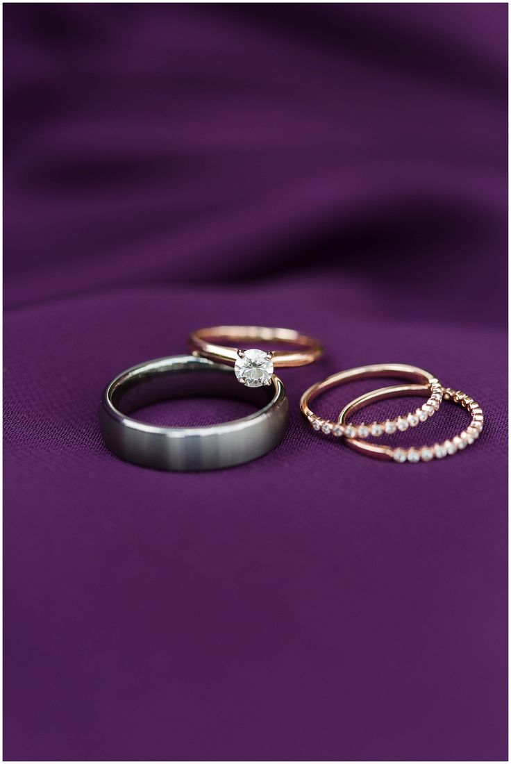 I love spending time with diamonds.  http://cinnamonwolfephotography.com/blog/2016/12/1/favorite-ring-shots-from-2016 Favorite ring shots from 2016   Ring Shots   macro Photography   Diamond wedding rings   Engagement Rings