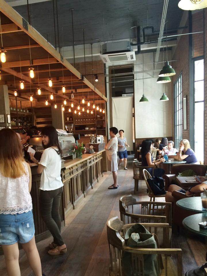 タイの若者に大人気のカフェ 「Casa Lapin」