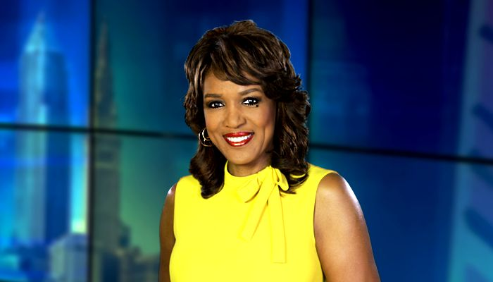 Eight-time Emmy Award winner Romona Robinson is the 4 and 6 p.m. anchor. for Cleveland's Channel 19.  She was inducted into The Press Club of Cleveland's Journalism Hall of Fame in 2016.  She began her career in Cleveland in 1988 by becoming the first black woman to anchor an evening newscast on WUAB-TV's 10 p.m. news.  Before joining 19, Romona made history yet again by being named the first woman in Cleveland to solo anchor evening newscasts at Channel 3 News.  She is an alumna of Lincoln…
