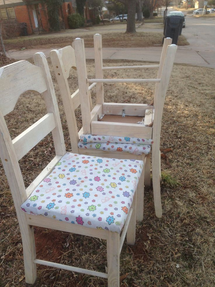 Another great curb find three cute chairs a little wood