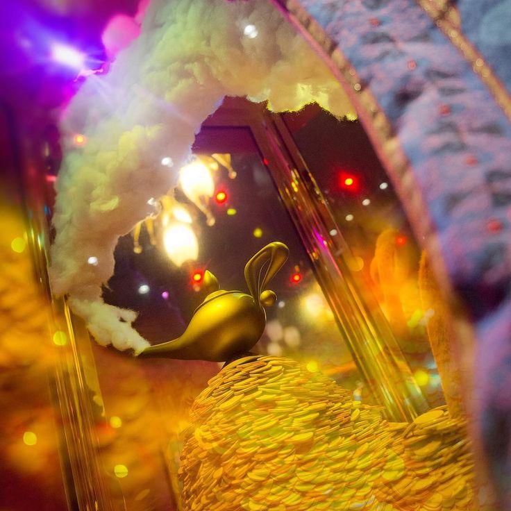 Who rubbed the lamp? 魔法のランプをこすったのはだれ? #mickeysphilharmagic #fantasyland #tokyodisneyland #tokyodisneyresort #magiclamp #魔法のランプ  #ミッキーのフィルハーマジック #ファンタジーランド #東京ディズニーランド #東京ディズニーリゾート