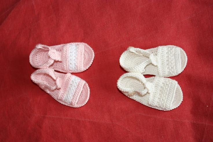 Sandalias a crochet mis labores zapatitos y sandalias - Labores de crochet para bebes ...