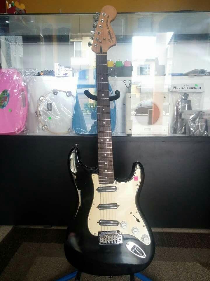Guitarras Maxima  Guitarras Eléctricas de todas las marcas  Buenos precios  Más información Visita nuestro local en Gomez rendon 2721 y leonidas plaza Guitarras Maxima Guayaquil.