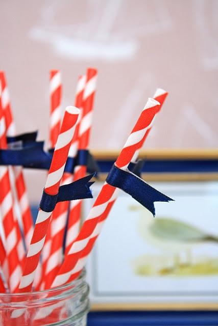Popotes de papel para fiesta náutica http://www.wishes.com.mx/productos/decoracion/popotes-papel