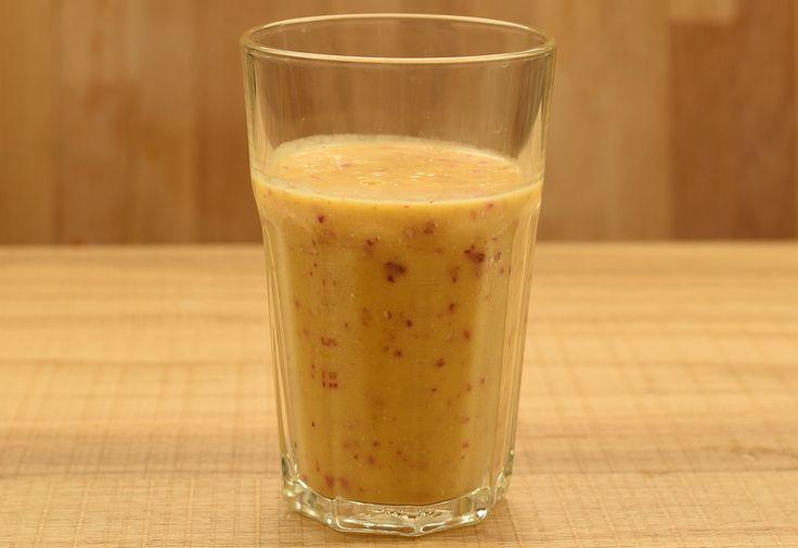 Kókuszos-barackos-zabpelyhes smoothie