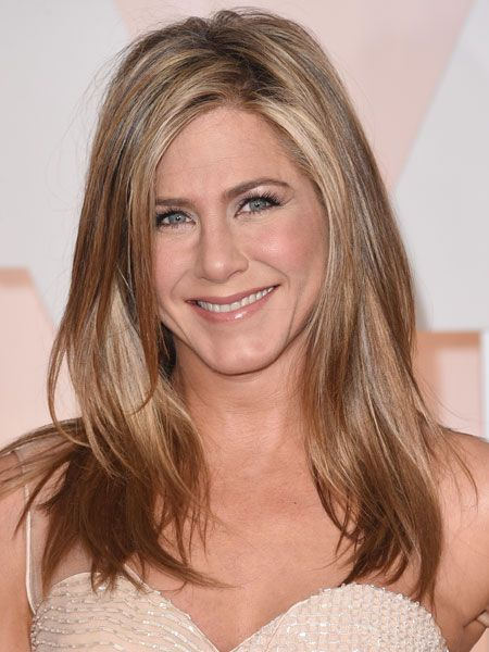 promi frisuren blond jennifer aniston frisur. Black Bedroom Furniture Sets. Home Design Ideas
