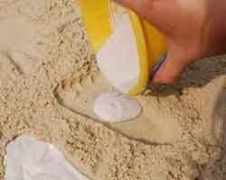 adding Plaster of Paris to bucket beachandnatureco.com