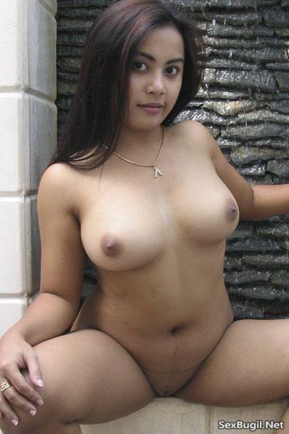 Foto Meki Mulus Lubangnya Sempit Milik Tante Girang Hot 1