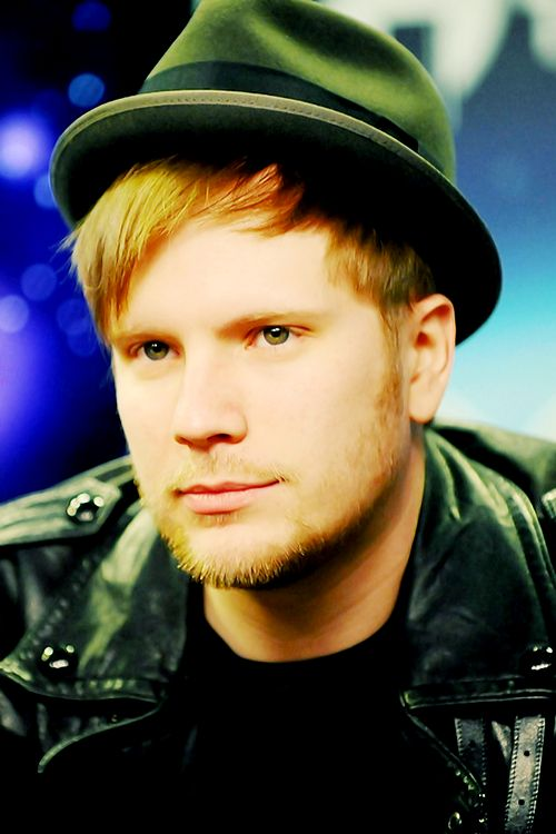 I'm liking the scruff Patrick stump